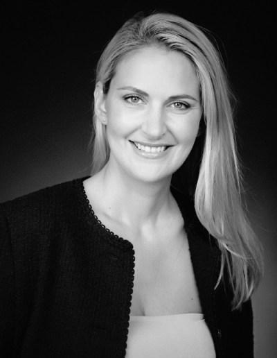 Karina-Kirecci-Perfect-make-up
