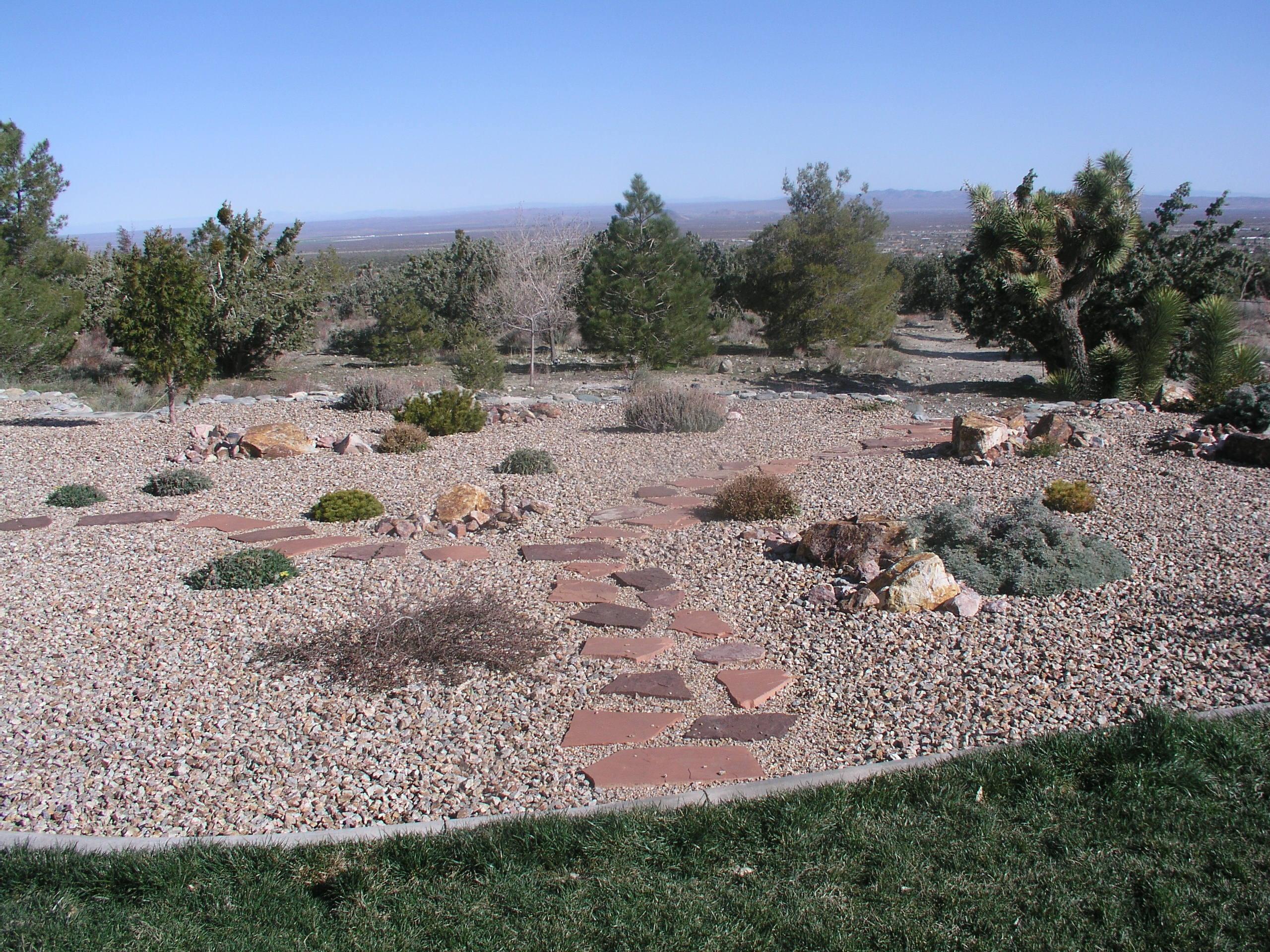high desert landscaping phelan