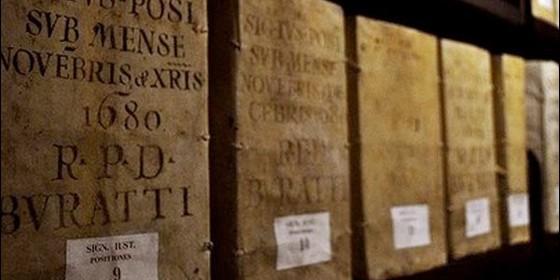 archvos 560x280 - ¿Qué ocultan los archivos secretos del Vaticano?