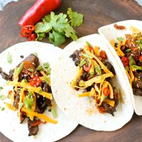 Korean-Inspired Grilled Beef (Bulgogi) Tacos