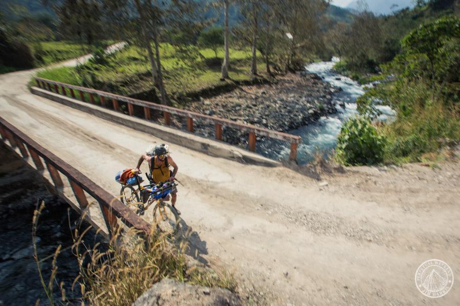 Steve Fassbinder reaches the Rio Antigua