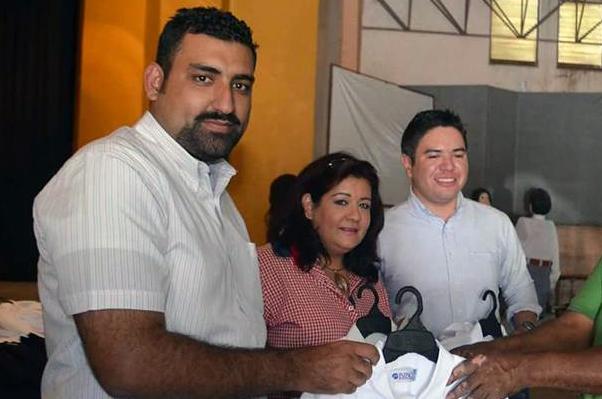 Jubilan con $30 mil a lideresa sindical de Cuauhtémoc
