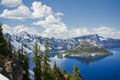 Crater Lake in Oregon craterlake4