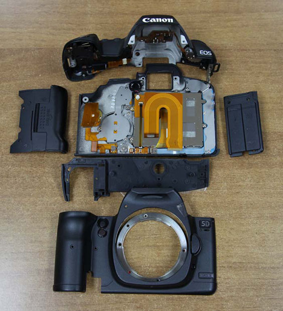 Canon 5D Mark II Completely Disassembled canonexploded1