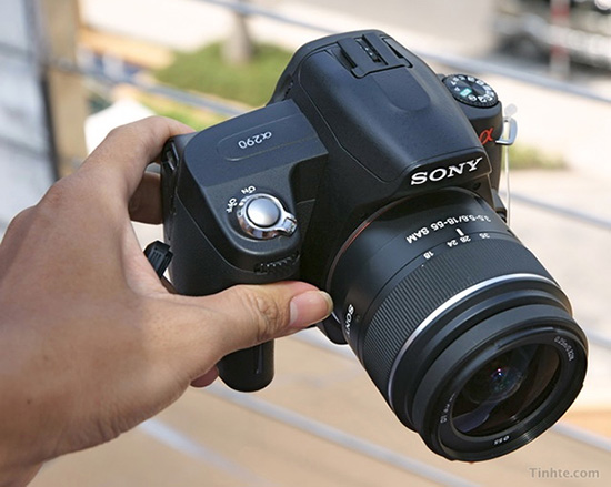 Sonys Upcoming A290 DSLR Leaked sonyleak