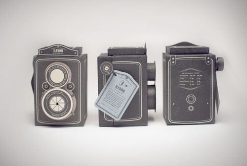 Concept Ilford Film Package Doubles as a Twin Lens Reflex Pinhole Camera fc1