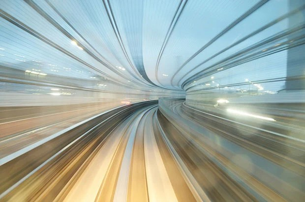 Beautiful Long Exposure Shots from a Japanese Train rail2