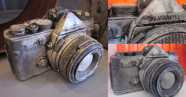 Decorate Your Workspace with This 35mm Camera Sculpture sculpture mini