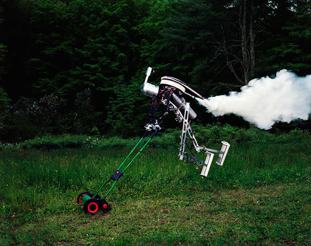 Photos of a Lone Robots Attempt to Coexist with the Natural World robot1 mini