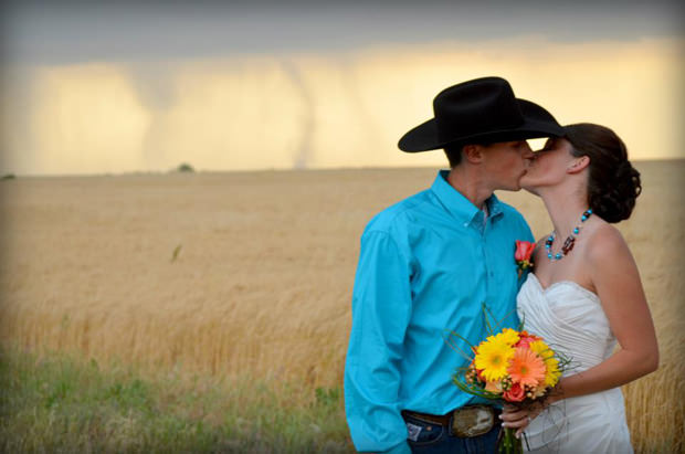 Unexpected Tornadoes Make for Some Unforgettable Wedding Photos tornado1 mini