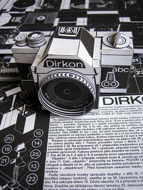 Dirkon: The Vintage DIY Pinhole Camera Made of Paper dirkon mini