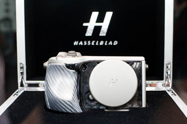 Hasselblad Lunar is a Rebranded Sony NEX 7 with $5,000 of Luxury IMG 3601