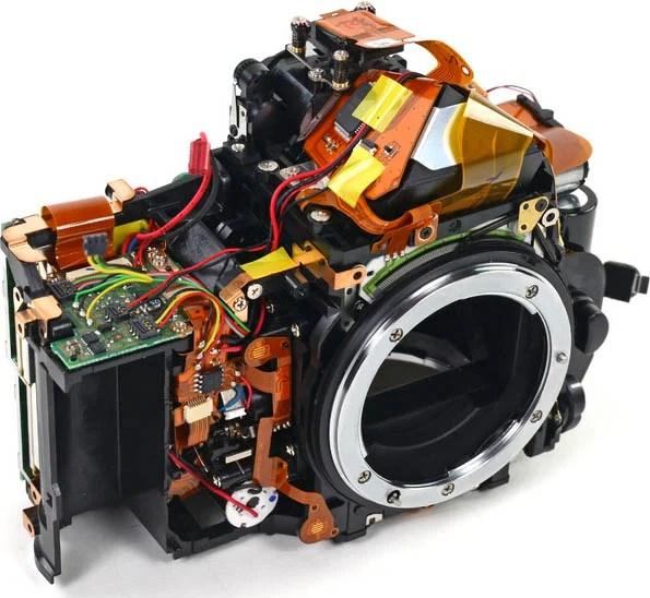 Teardowns of Nikon D600 Reveal Sony Sensor, Hard to Replace LCD Screen d600barebones