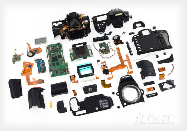 Teardowns of Nikon D600 Reveal Sony Sensor, Hard to Replace LCD Screen d600teardown1