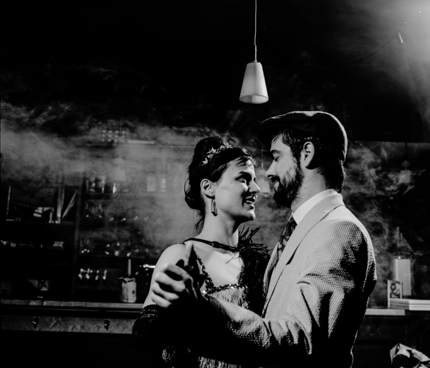 Film Noir style Engagement Photos from a 1920s Themed Shoot 1920engagement 7