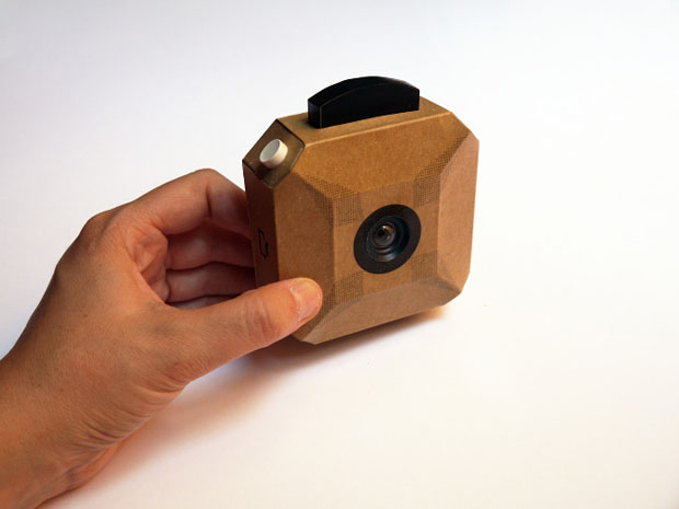 Craft Camera: A DIY Digital Camera Made with Cardboard and Arduino craftcamera 1