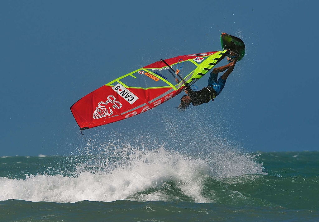 Pushloop by Phil Soltysiak CAN 9 Windsurfing in Jericoacoara, Brazil. Photo by Adrian Irvine.