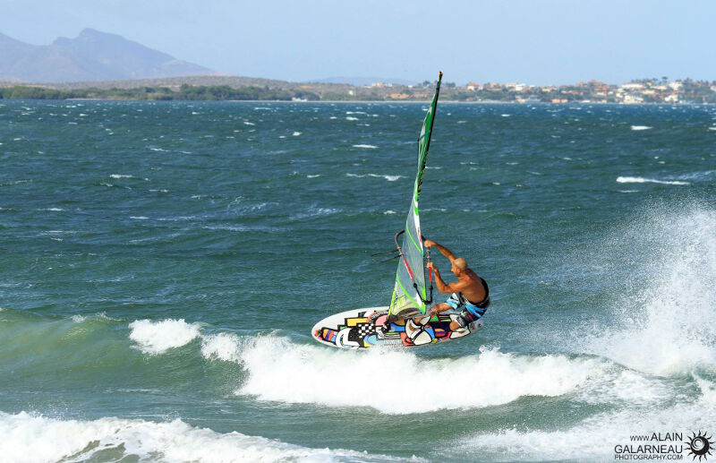 Diony Guadagnino at Punta Carnero. Photo by Alain Galarneau.