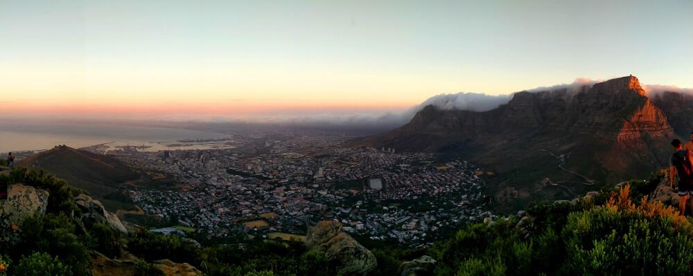 ble Mountain at sunset - view from Lion's Head