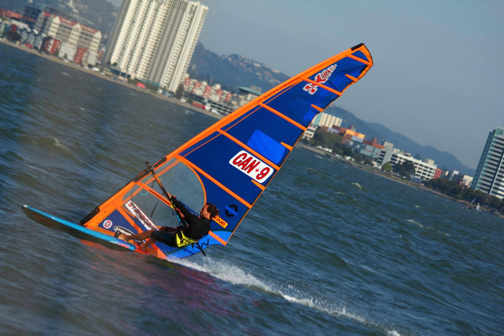 Phil Soltysiak windsurfing with the 8.6 NX and ISonic 117. Photo by Lyrah Colvin.