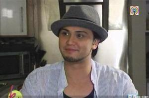Billy Crawford during an interview