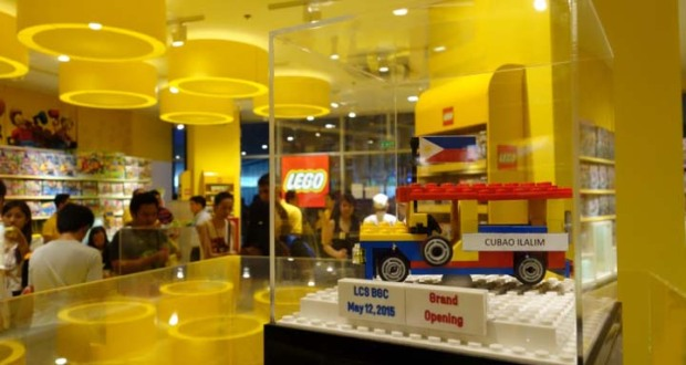 First LEGO certified store in PH opens   Philippine Retailers     To celebrate the launch of its first certified store in the Philippines  the  LEGO Group