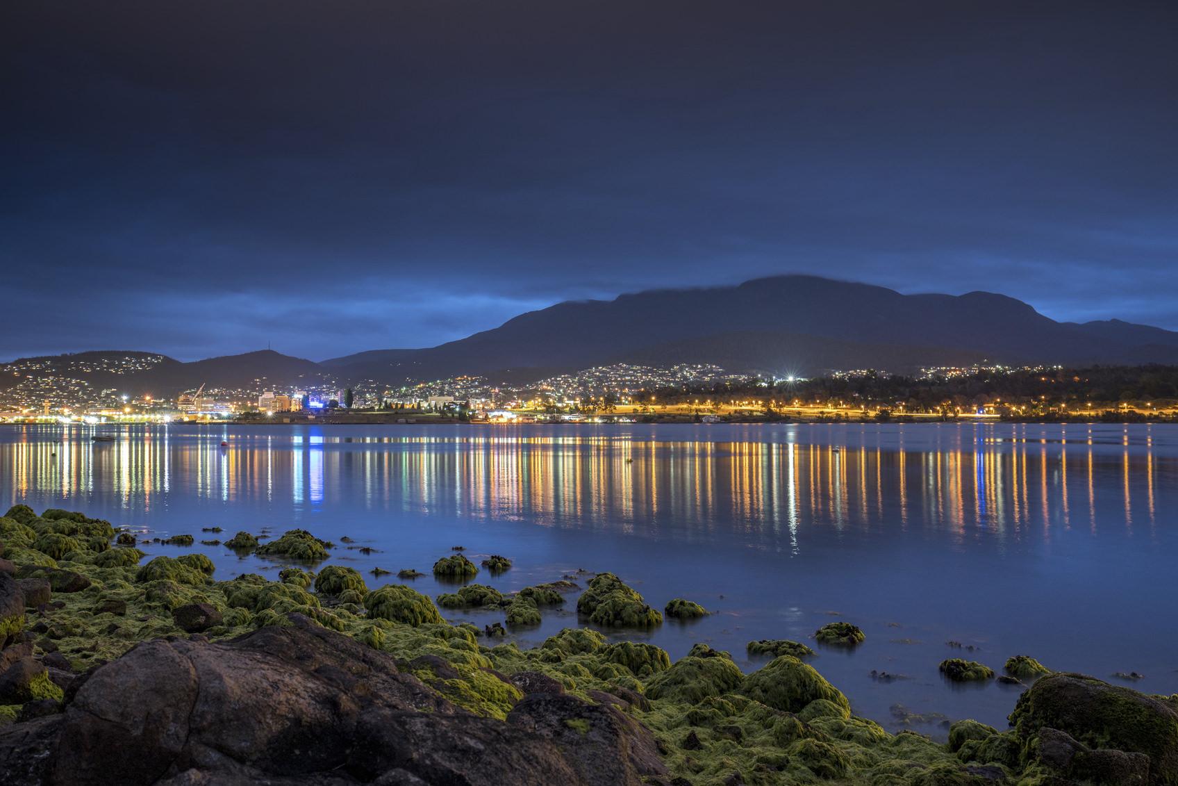3 semplici strategie per beccare la messa a fuoco nella fotografia di paesaggio notturna