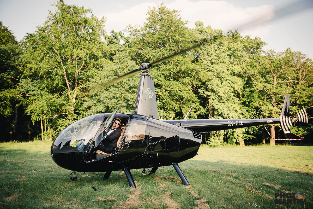 helicopter wedding zbiroh