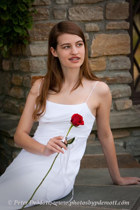 RR3D4150 Noels senior portrait session with beautiful white dress