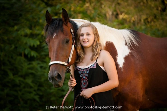 RR3D8311FB Emma and her horses senior portrait session (Dayton senior portrait photographer)