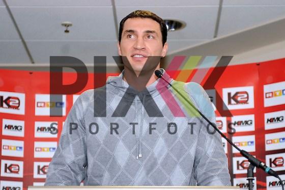 Mannheim 06.11.2008, Wladimir Klitschko bei der Pressekonferenz in der SAP Arena zum Boxkampf zwischen Wladimir Klitschko und Hasim Rahman. Foto © Rhein-Neckar-Picture *** Foto ist honorarpflichtig! *** Auf Anfrage in höherer Qualität/Auflösung. Belegexemplar erbeten. (Rhein-Neckar-Picture)