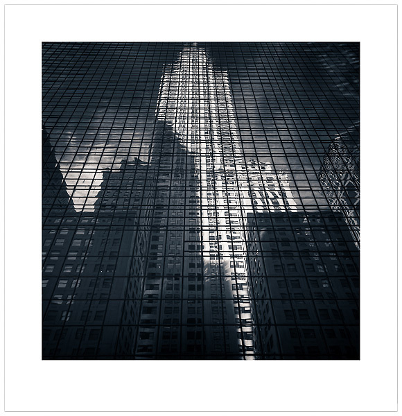 The Chrysler Building, New York City, U.S.A. (© 2013 Ian Mylam (www.ianmylam.com))