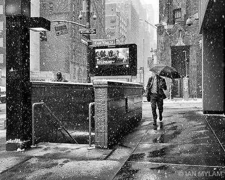 Winter in New York City, U.S.A., 2015 (Ian Mylam/© Ian Mylam (www.ianmylam.com))
