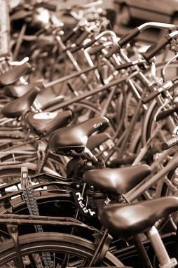 parked bicycles, Amsterdam, Netherlands, Europe (Copyright Brad Mitchell Photography.9601 Wall St.Snohomish, WA 98296.USA.425-418-7279.brad@bradmitchellphoto.com)