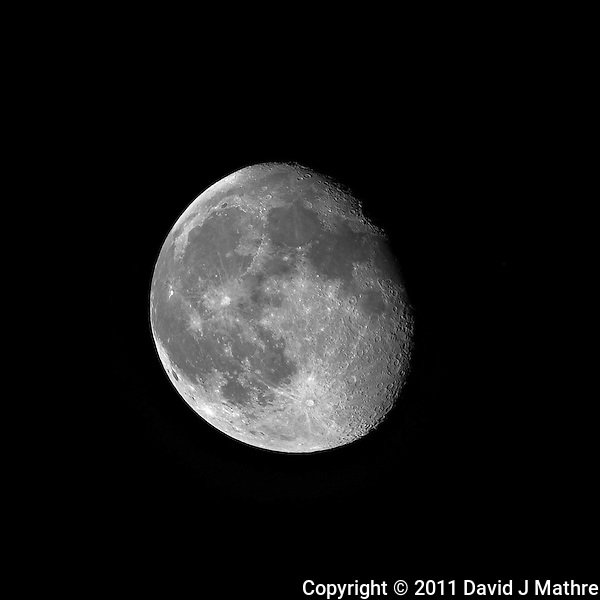 Waining Gibbous Moon over New Jersey. Image taken with a Nikon D3x and 500 mm f/4 VR telephoto lens (ISO 100, 500 mm, f/4, 1/160 sec). Raw image processed with Capture One Pro 6, Focus Magic, and Photoshop CS5.. (David J Mathre)