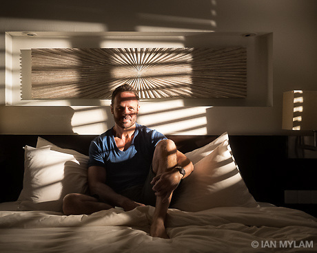 Self-portrait in a hotel room, Malé, Maldives, 2014 (© Ian Mylam)