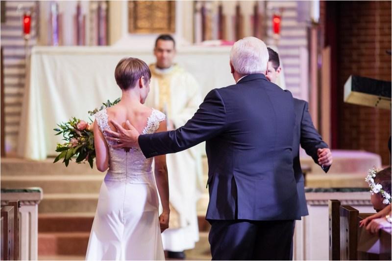 christ-the-king-catholic-church-wedding-and-ruckers-warehouse-reception-tulsa-oklahoma_0038