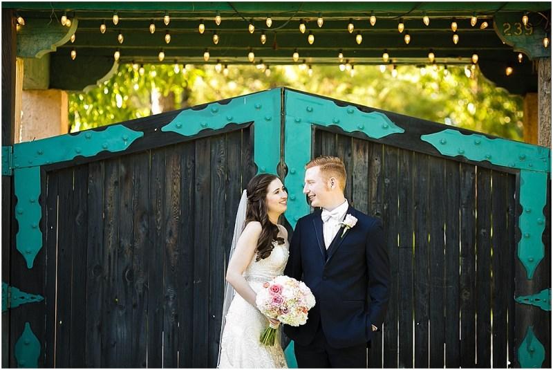 Dresser Mansion Wedding Tulsa Oklahoma Picturesque Photos by Amanda_0054