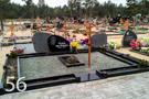 Melna granīta kapu sēta