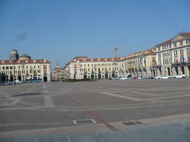 Cuneo, Piazza Galimberti