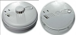 http://i1.wp.com/www.pierceelectric.co.uk/wp-content/uploads/2015/05/smoke-alarms-wpcf_300x138.jpg?w=604