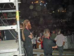 Harry Waters & Snowy White watching Santana. Thanks to Francisco
