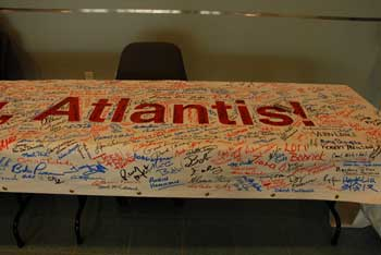 The Atlantis banner has been signed by the folk working there, and Tim grabbed this shot in the lobby.
