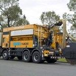 Macchine speciali all'opera sull'isola di Tasmania per la posa della fibra ottica
