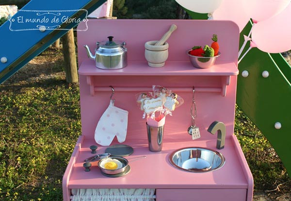 Cocinitas de madera personalizadas para ni os y ni as pintando una mam pintando una mam - Cocinitas de madera infantiles baratas ...