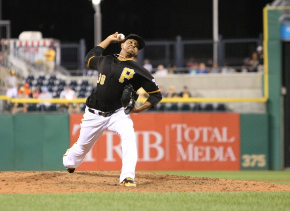 Winter Leagues: Stolmy Pimentel Throws Six Shutout Innings