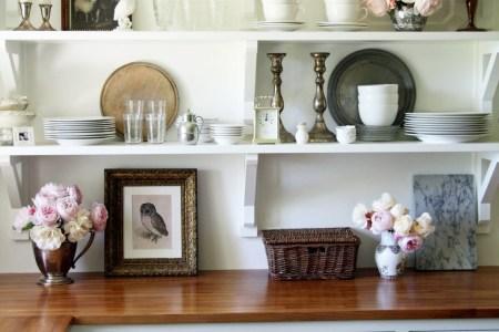 open shelves kitchen vintage