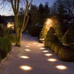 Luces de exterior empotradas en el piso