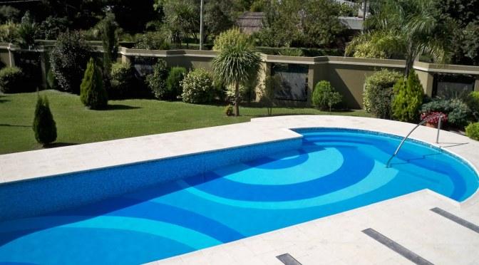 Piscinas y estilos splash de verano for Estilos de piscinas
