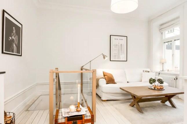 les petites surfaces du jour une chambre en souplex planete deco a homes world bloglovin. Black Bedroom Furniture Sets. Home Design Ideas